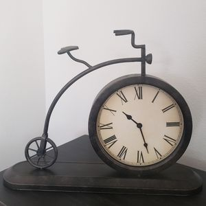 Bicycle Table Clock